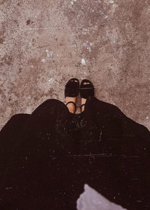 Sandale negre cu talpa joasa si funda FUNKY B