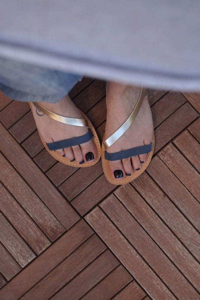 Sandale cu talpa joasa FUNKY STRIPES, bleumarin - auriu